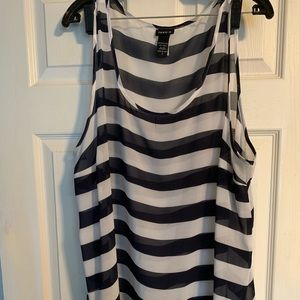 Torrid Size 2 Navy and White Tank